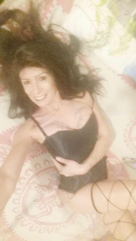 freckles escort actrice x