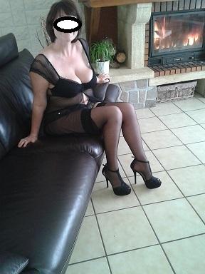 secretaire lesbienne escort bellegarde