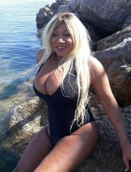 annonce escort trans dordogne Biarritz