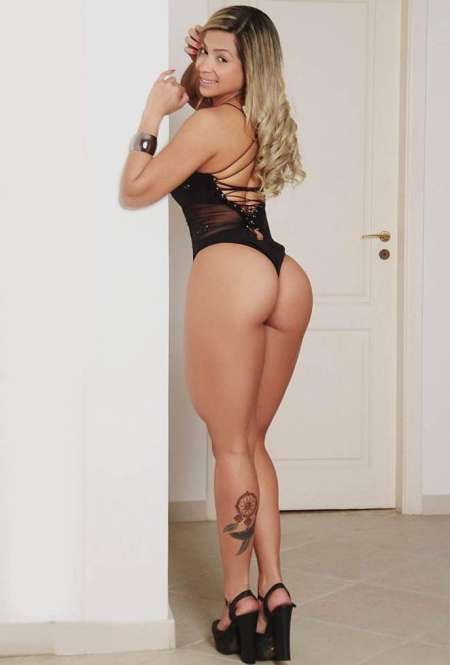 annonce escort valence Poissy